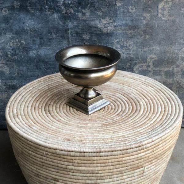 Hartford Pedestal Pot